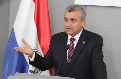 Villamayor defiende subsidio para funcionarios públicos