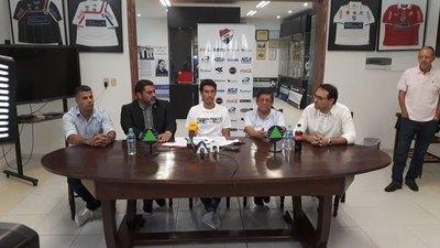 Cristian Riveros es nuevo jugador de Nacional