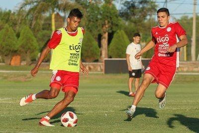 Albirroja Sub 23 enfrenta en amistoso a Colombia