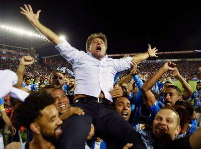 Renato Gaúcho renueva una temporada más