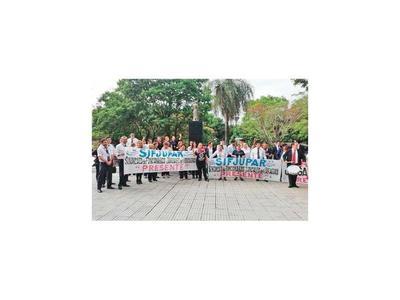 Declaran ilegal la huelga de los funcionarios judiciales