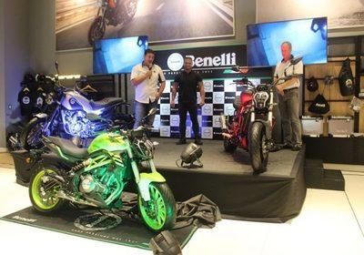 Lanzan nuevos modelos de motocicleta italiana