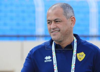 """Cerro Porteño saluda al entrenador Francisco Arce como un """"hijo de la casa"""""""
