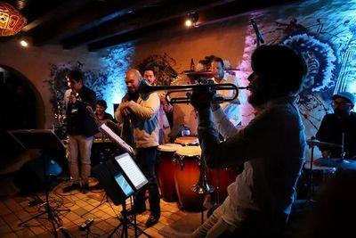 Show de Los Panas Jazz Group hoy en Drácena