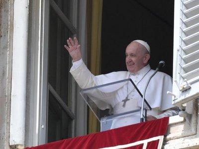 El Papa defiende su reforma de la Iglesia y alerta contra la rigidez
