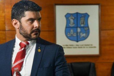 """Excluyen a """"Nenecho"""" Rodríguez de Honor Colorado"""