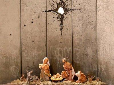 Banksy instala en Belén un provocador pesebre