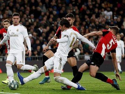 El Madrid jugó 1.098 días después sin la emblema de campeón del mundo