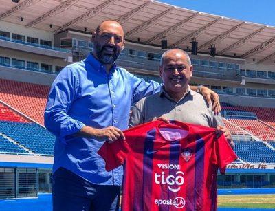 'Siempre es muy bueno volver', afirma Francisco Arce, nuevo técnico de Cerro
