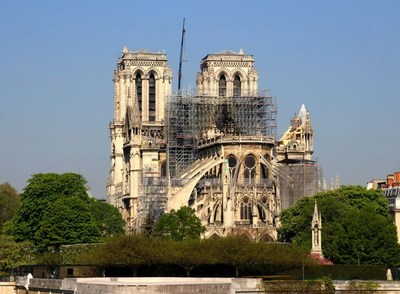 En la Iglesia de Notre Dame no habrá Misa de Navidad por primera vez en más de dos siglos