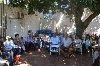Ancianos piden construcción de un albergue en Horqueta