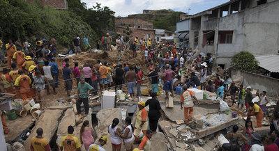 Al menos cinco muertos tras un deslizamiento de tierra en Brasil