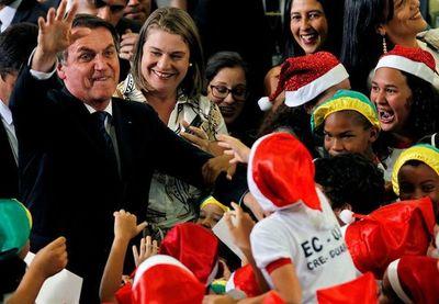 Bolsonaro recibe alta tras ser hospitalizado por accidente doméstico