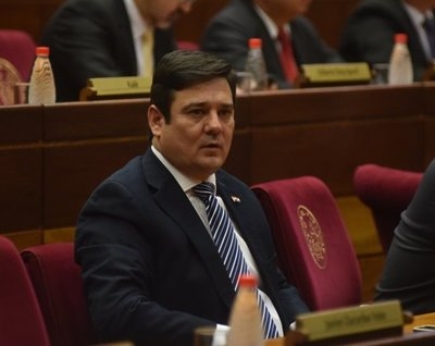 """Buzarquis: Designación de Felippo """"fue una decisión errónea del Gobierno"""""""