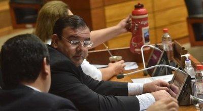 """Por """"problemas de salud"""" no se define juicio para diputado Rivas"""