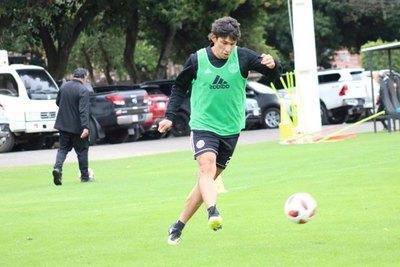 'Búfalo' Ovelar es nuevo jugador de un campeón de América