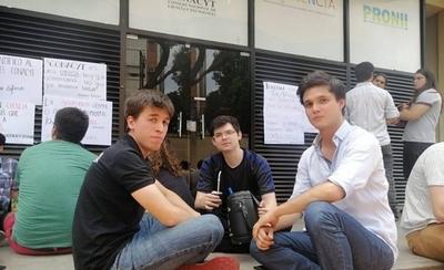 HOY / Científicos y universitarios sn  contra de Felippo: crece la  decepción por no llenar perfil