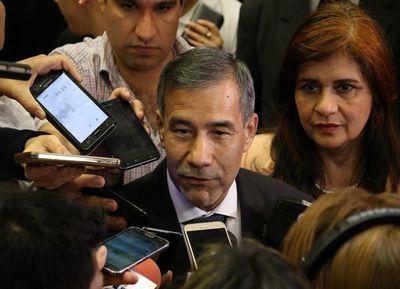 """Ministro cuestionó mora judicial y a """"magistrados complacientes"""""""
