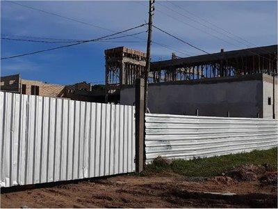 Asaltan construcción de futura sede de IPS en Paraguarí