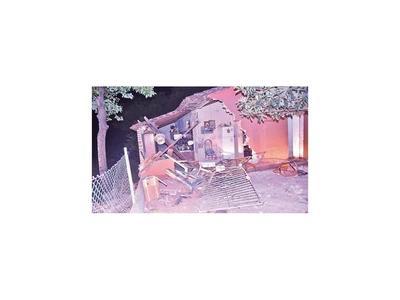 Conductor alcoholizado derrumba vivienda de vecino tras discusión
