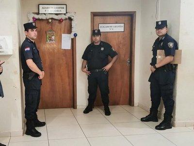 Zacarías Irún se presenta a audiencia y jueza debe definir si va o no a prisión