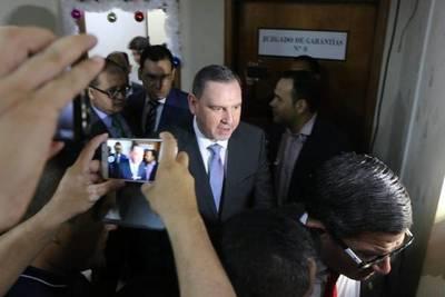 Jueza otorgó medida alternativa a la prisión al senador Zacarías Irún