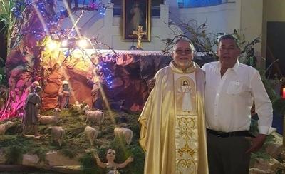 """HOY / Artístico pesebre """"expulsado""""  por fastuosa boda desata enojo  de parroquianos con el cura"""