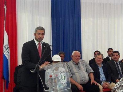 Mario Abdo habla de desarrollo al poder retirar toda la energía de Yacyretá