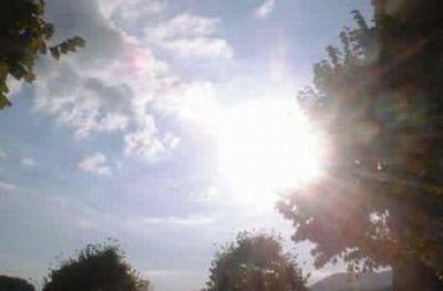 Domingo con intenso calor y probabilidad de chaparrones