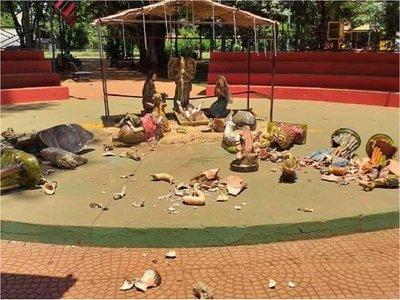 Denuncian destrozos en plaza de Minga Guazú