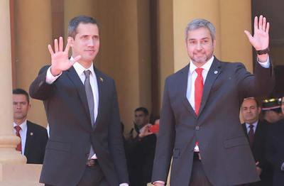 Paraguay otorgó estatus de refugiado a 720 Venezolanos