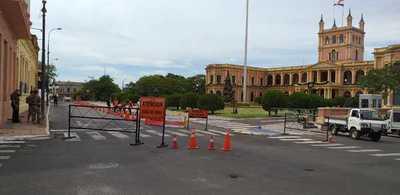 Aprovecharán energía solar para iluminar adoquinado frente al Palacio de López