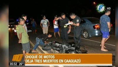 Tres fallecidos deja un choque entre motos