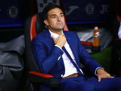 El uruguayo Diego Alonso es anunciado en su nuevo club