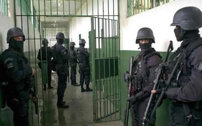 Otra huelga de guardiacárceles de Tacumbú en puerta