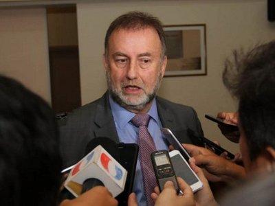 Aguinaldos extras por USD 11 millones pagaron ayer