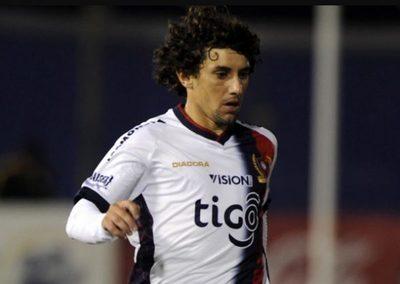 Corujo vuelve al fútbol paraguayo