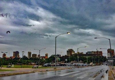 Chaparrones y eventuales tormentas eléctricas para las últimas horas del 2019