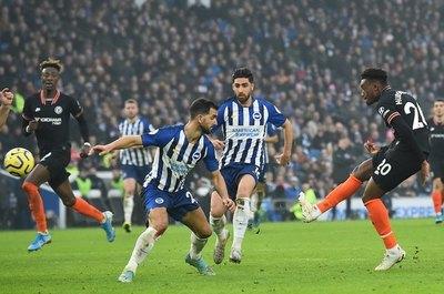 Chelsea empata en Brighton y queda sin estrenar el 2020 con victoria