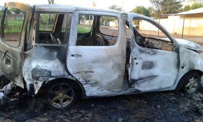 Vehículo se incendia