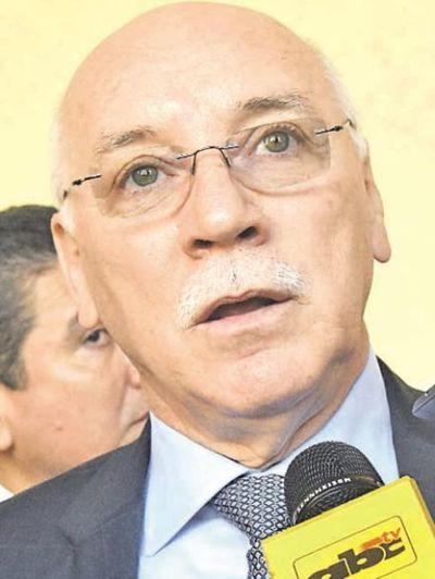Eladio Loizaga confirmó que se postulará al Senado