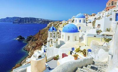 Un paraíso teñido de blanco y azul