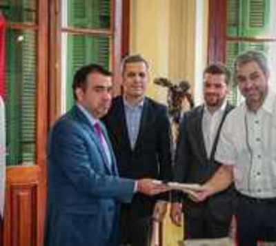 Mario Abdo promulga PGN del 2020