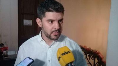 Intendente de Asunción prometió desvincular a los planilleros