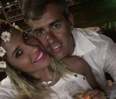 """HOY / ¿Hasta que un cuerno los separe? Regis Marques se """"divorcia""""de Anahí Sánchez"""