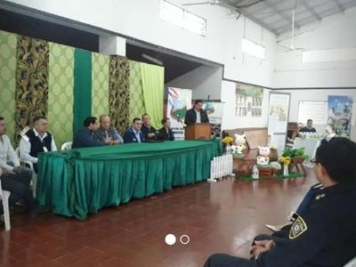 Presentan proyecto lechero en Cambyretá