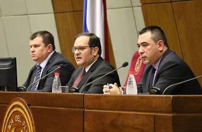 Aumentos digitados en tres pequeñas entidades estatales