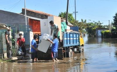 Urgen alimentos y artículos de limpieza en los refugios