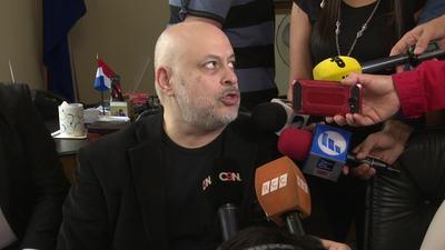 Paraguayo Cuvas solicitó su reincorporación al Senado