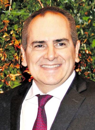 Fiscalía peritará teléfonos del empresario  Cogorno